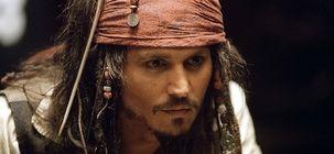 Johnny Depp sort du silence et accuse Hollywood de boycotter son dernier film