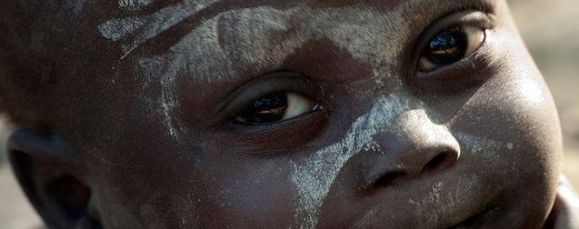 Nous sommes l'humanité : critique primitive