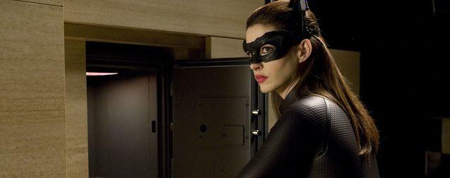 The Batman : Anne Hathaway valide la Catwoman de Zoë Kravitz