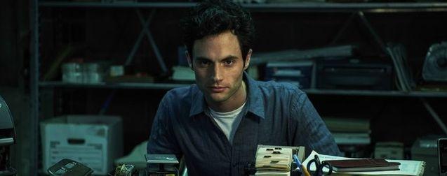 YOU saison 2 : le héros se cache derrière une fausse identité et un sourire gênant dans la nouvelle bande-annonce Netflix