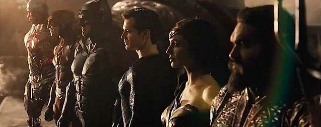 Justice League : Zack Snyder a bien retiré ce super-héros du Snyder Cut (à cause de Warner)