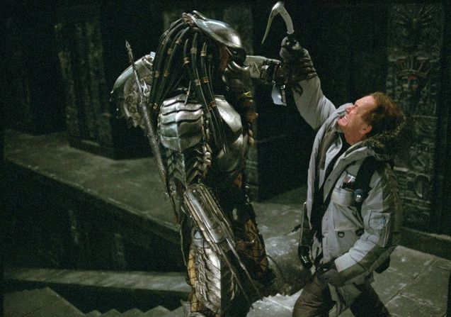 Alien vs. Predator Alien Henriksen