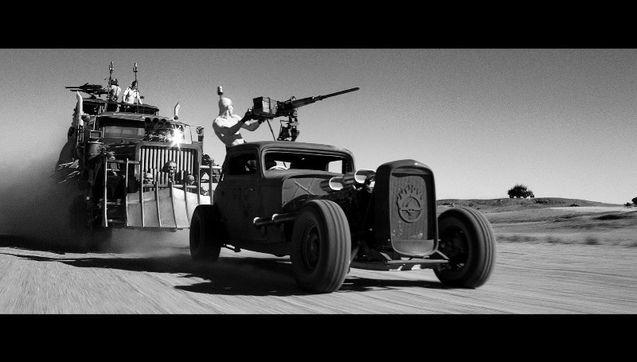 Capture 11 - version black & chrome