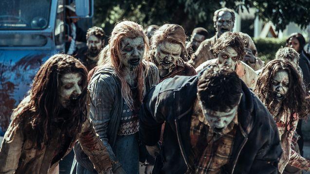 Photo zombies