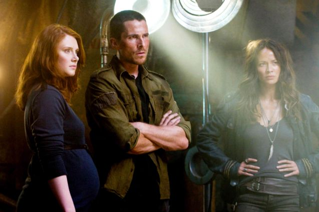 Photo Bryce Dallas Howard, Christian Bale, Moon Bloodgood