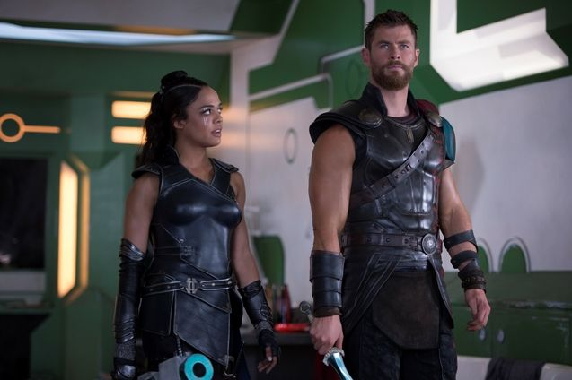Photo Chris Hemsworth, Tessa Thompson