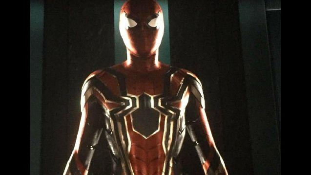 Photo le nouveau costume de Spider-Man