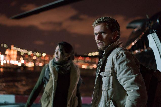 Photo Finn Jones, Jessica Henwick, The Defenders saison 1