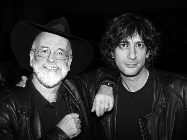 Photo Terry Pratchett et Neil Gaiman