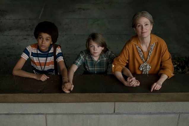 Photo Oakes Fegley, Julianne Moore, Jaden Michael