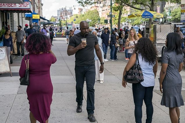 photo, Luke Cage, Mike Colter