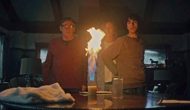 photo, Gabriel Byrne, Alex Wolff, Toni Collette