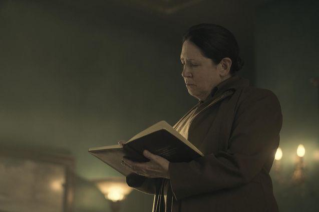 photo, The Handmaid's Tale, Ann Dowd