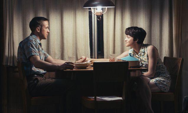 photo, Ryan Gosling, Claire Foy