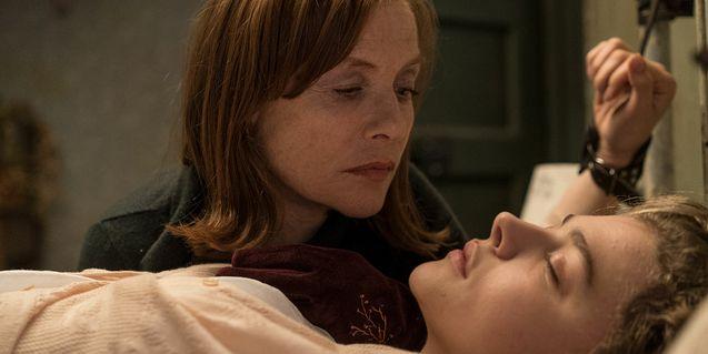 photo, Isabelle Huppert, Chloë Grace Moretz