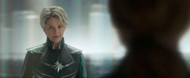 photo, Captain Marvel