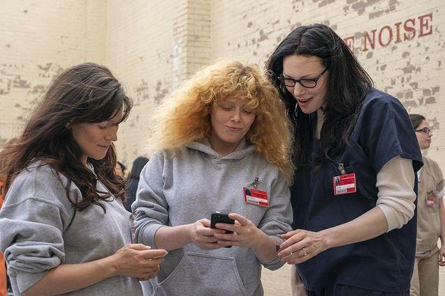 Photo Yael Stone, Natasha Lyonne, Laura Prepon