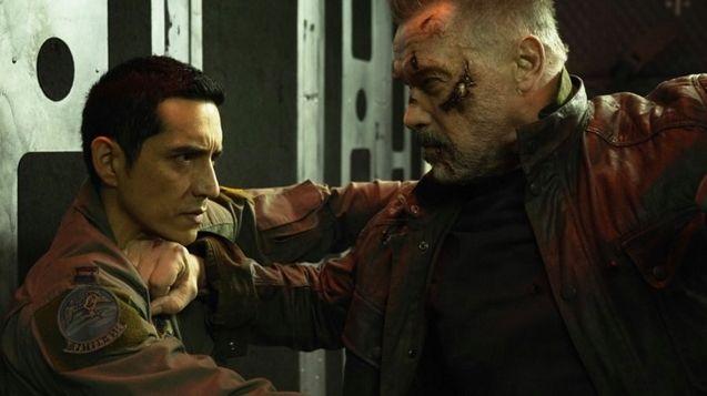 photo Terminator, Gabriel Luna, Arnold Schwarzenegger