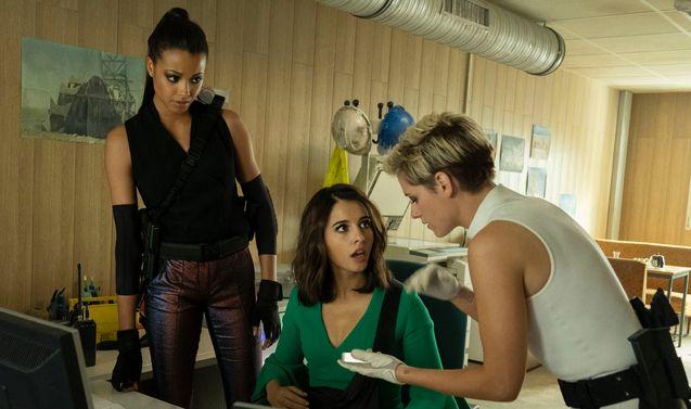 photo, Naomi Scott, Ella Balinska, Kristen Stewart
