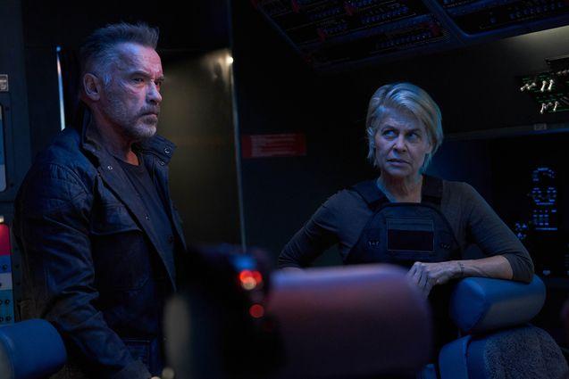 photo, Arnold Schwarzenegger, Linda Hamilton
