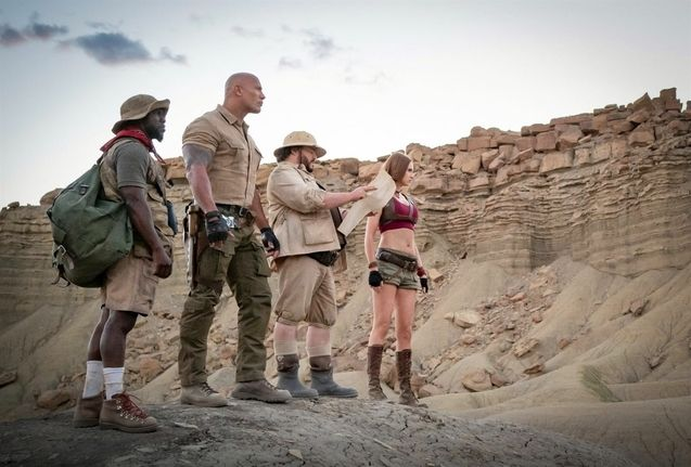 photo, Dwayne Johnson, Karen Gillan, Jack Black, Kevin Hart