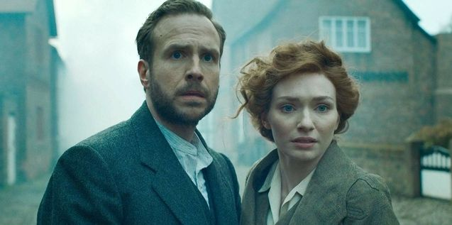 photo, Rafe Spall, Eleanor Tomlinson