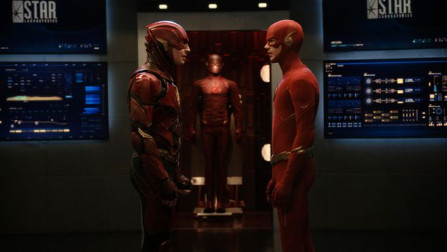 photo, The Flash, Ezra Miller, Grant Gustin