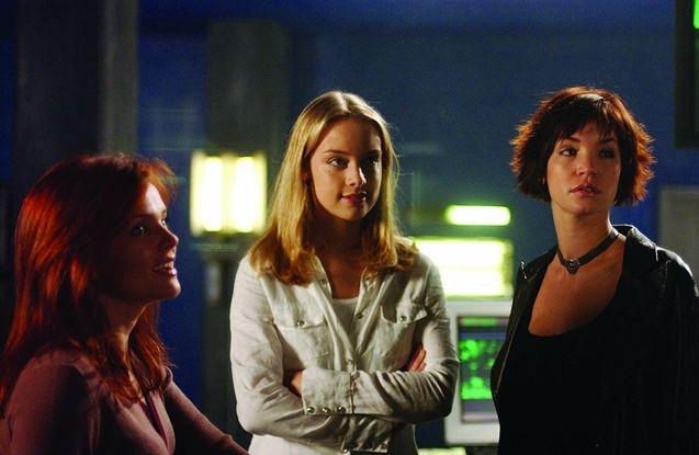 photo, Dina Meyer, Rachel Skarsten, Ashley Scott