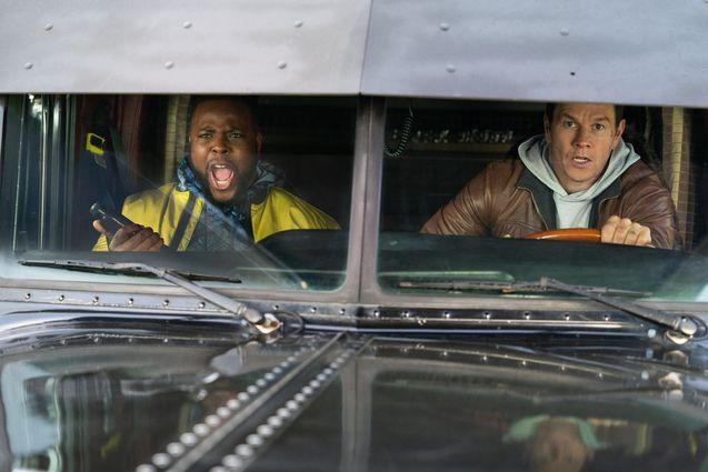 photo, Mark Wahlberg, Winston Duke
