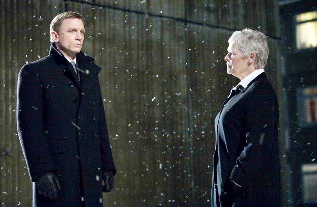 photo, Judi Dench, Daniel Craig