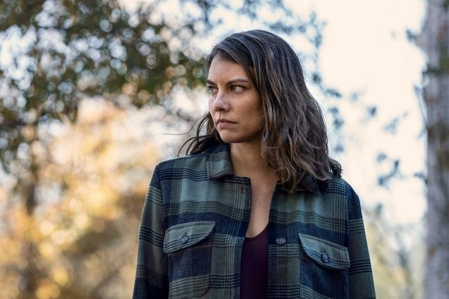 photo, Lauren Cohan