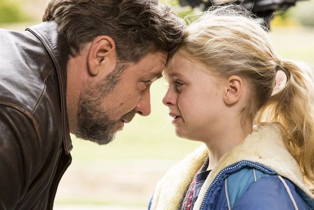 Photo Russell Crowe, Kylie Rogers