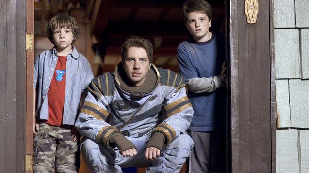 photo, Jonah Bobo, Dax Shepard, Josh Hutcherson