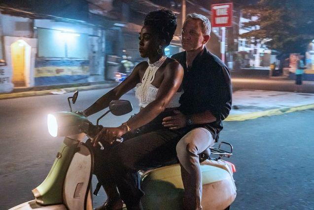 photo, Lashana Lynch, Daniel Craig