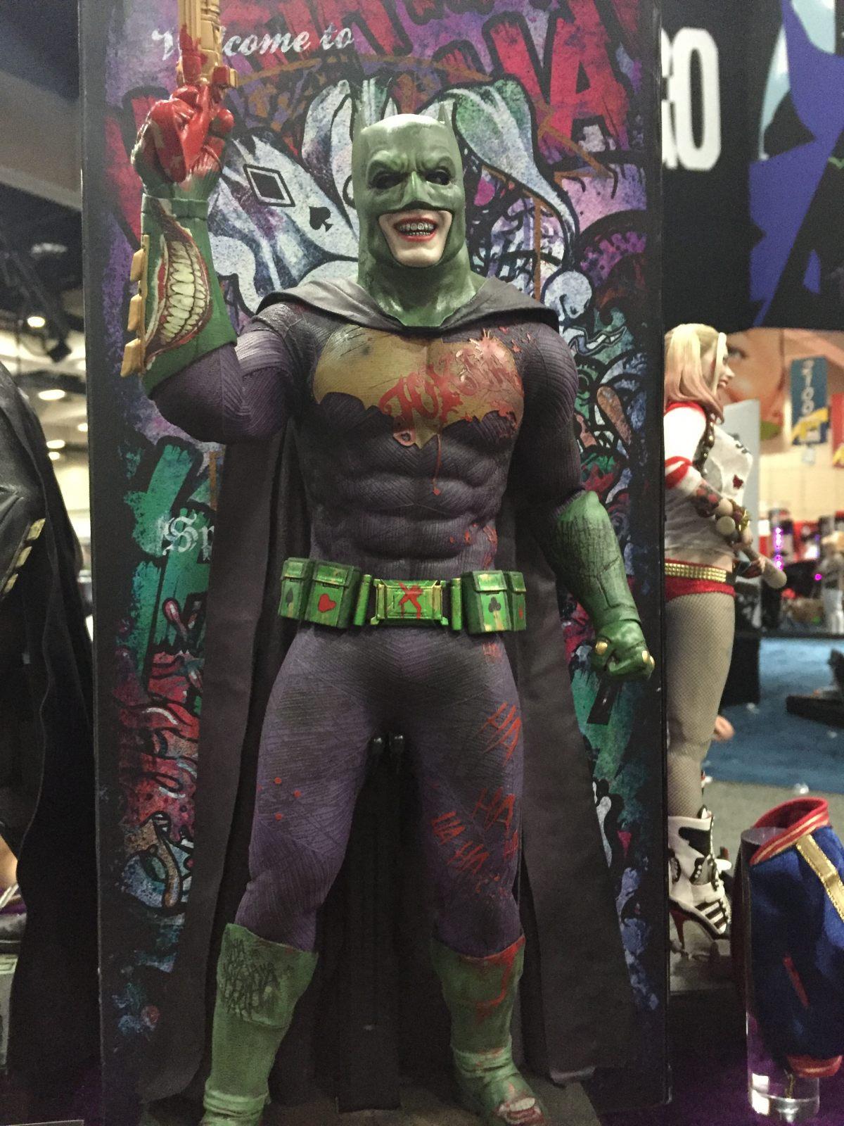 Suicide Squad : le Joker va-t-il voler le costume de ... Jared Leto Joker