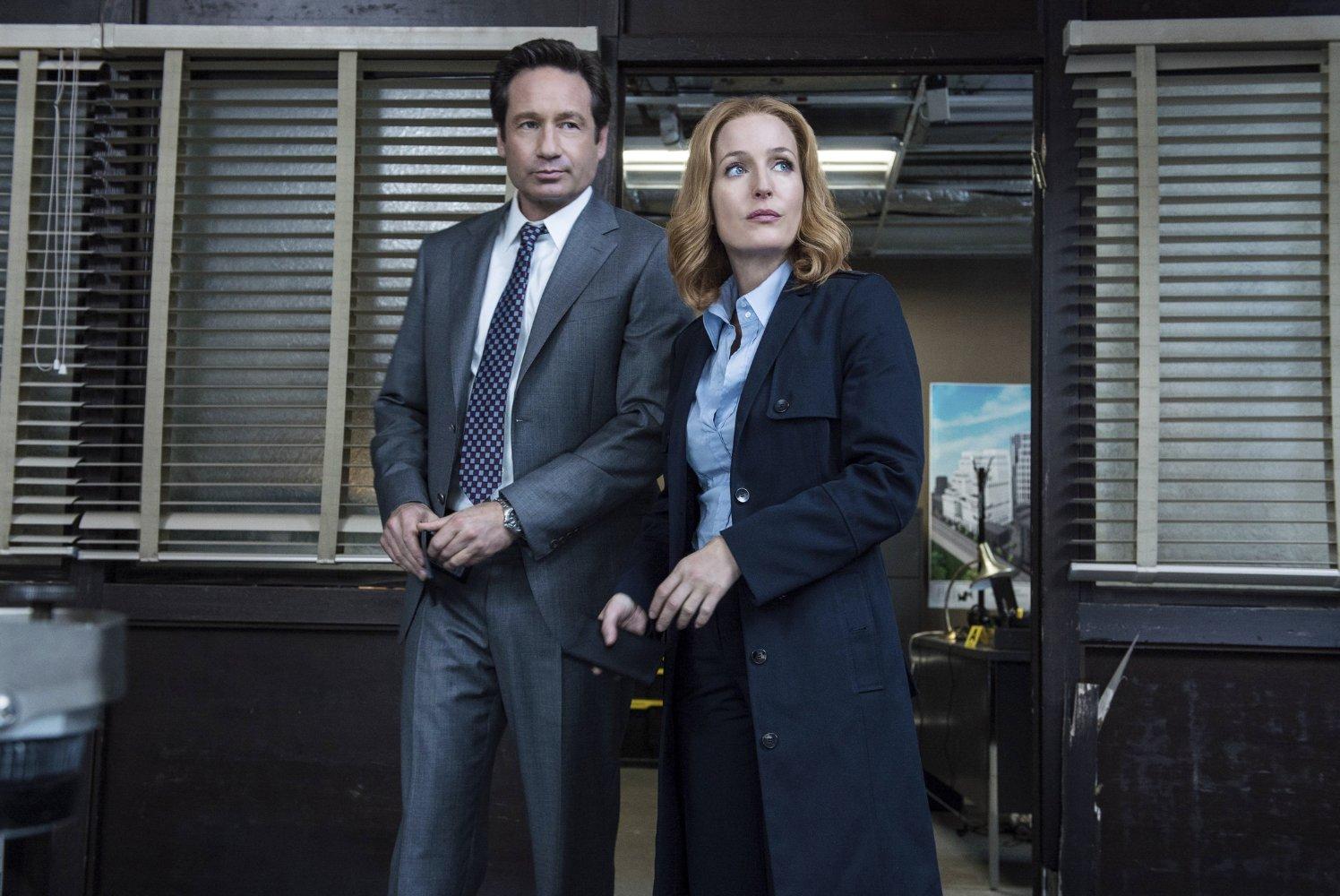 Mulder et Scully vont revenir pour une saison 11 — X-Files