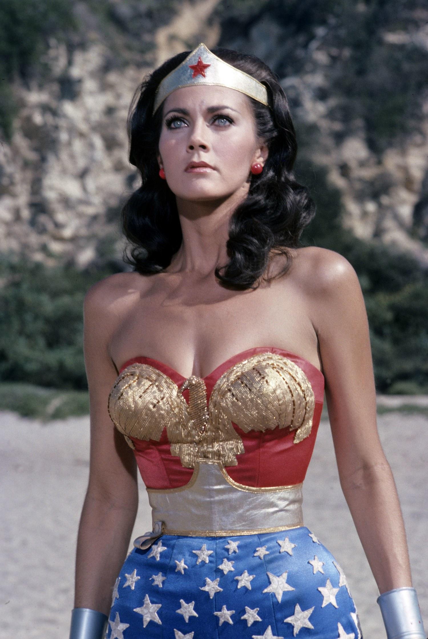 Bye Bye Wonder Woman. Photo Lynda Carter
