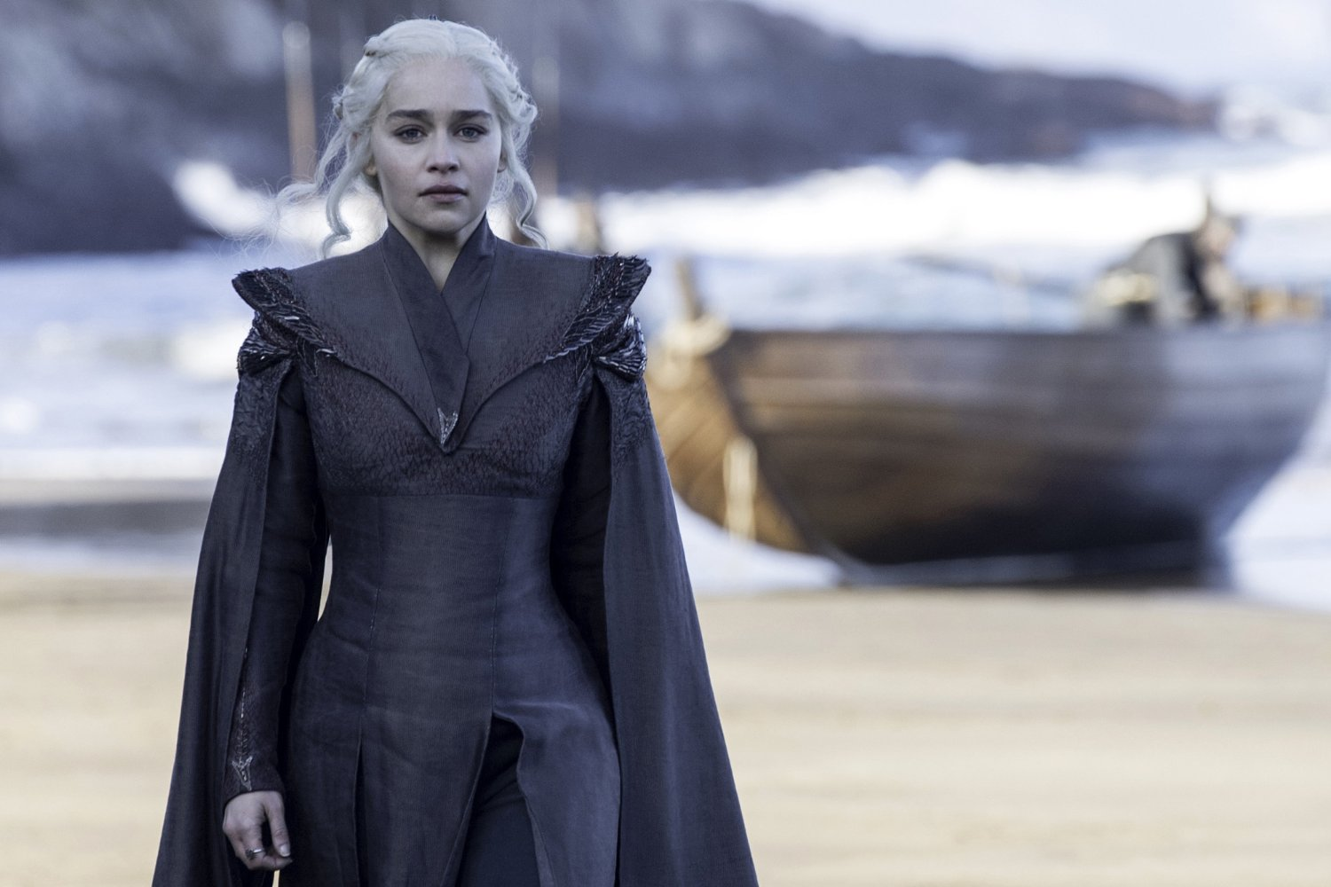 Emilia Clarke défend la nudité de la série — Game of Thrones