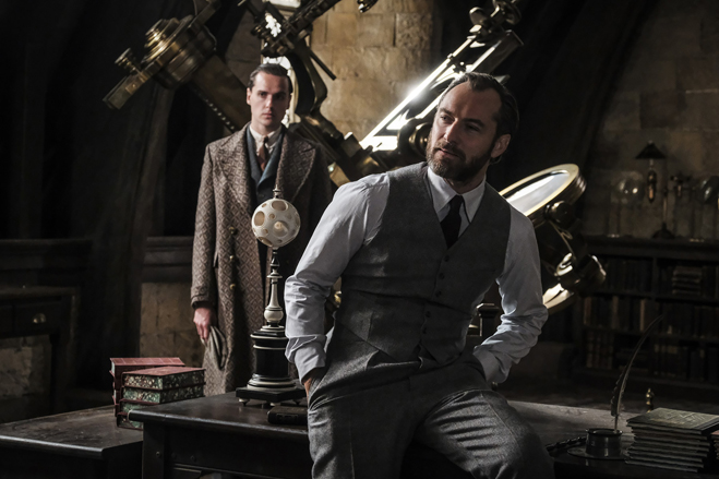 Les Animaux Fantastiques 2 : l'homosexualité de Dumbledore pas explicite