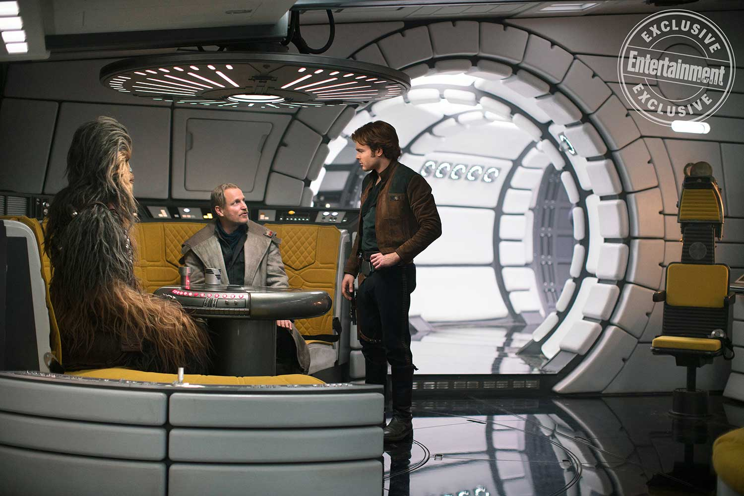 Solo a star wars story pourquoi le faucon millenium for Interieur faucon millenium