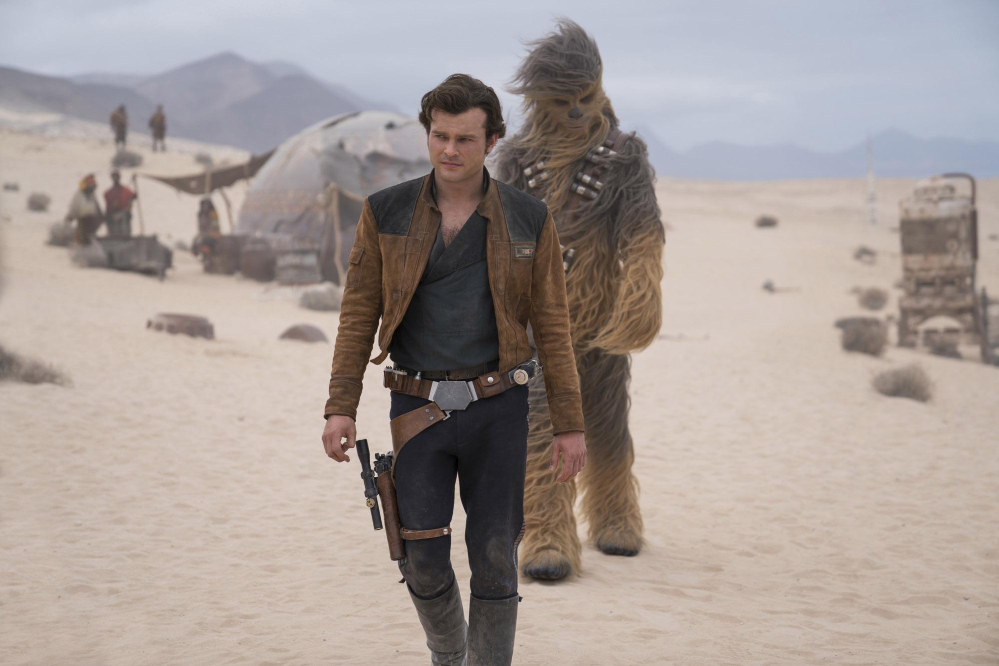 Star Wars : Alden Ehrenreich a signé pour deux autres films après Solo