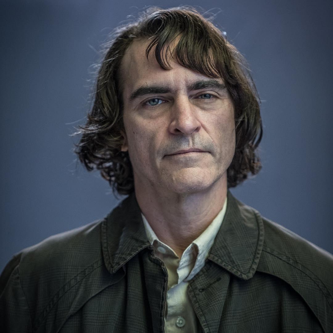 Un premier aperçu de Joaquin Phoenix maquillé en Joker — Joker