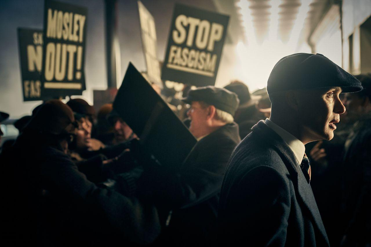 Peaky Blinders saison 6 : Brad Pitt face au clan Shelby ?